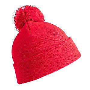 Унисекс шапка с помпон в червен цвят