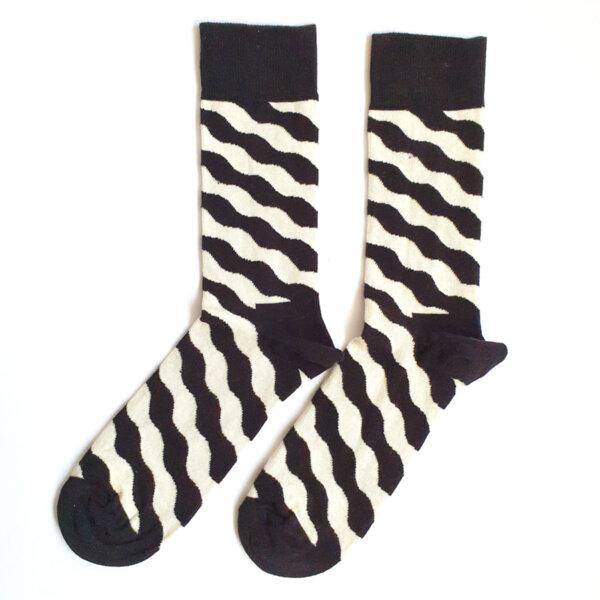 Мъжки чорапи с черно и бяло