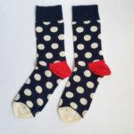 Мъжки чорапи на бели точки