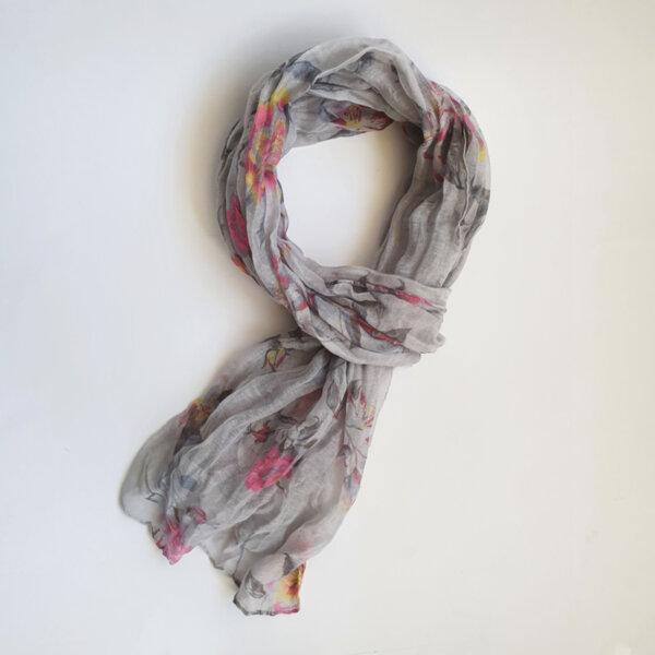 Дамски флорален шал в сиво