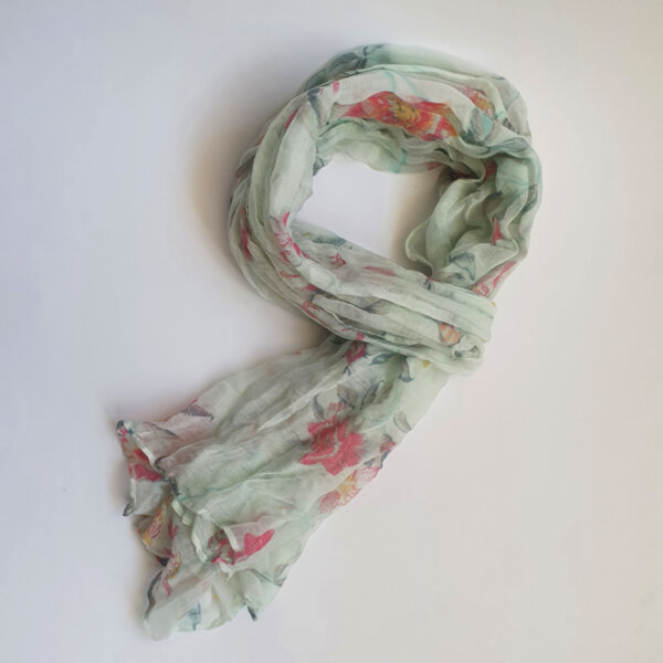 Дамски флорален шал в цвят мента
