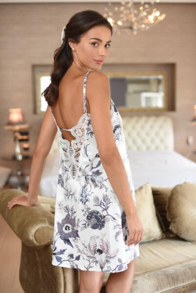 Slip dress сатен бяла със сини цветя и бродерия на гърба