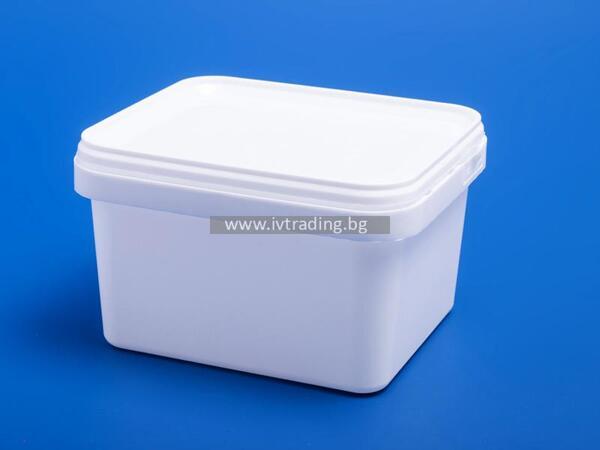 Пластмасова кутия 1л. правоъгълна