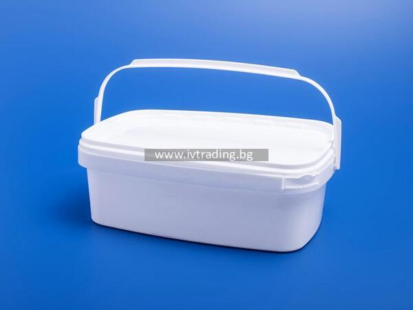 Пластмасова кутия 3 л. правоъгълна