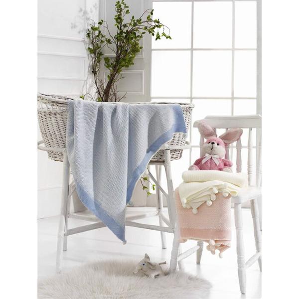 Плетено бебешко одеяло с помпони бяло