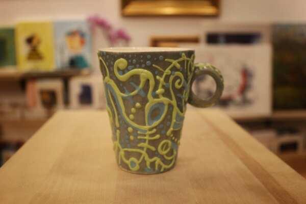 Ръчно изрисувана чаша за кафе/ чай