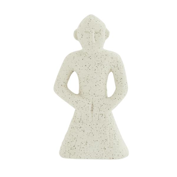 Каменна фигурка в бяло