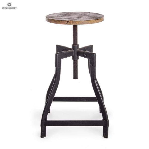 Въртящ се дървен стол