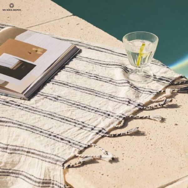Ленена плажна кърпа / сапфир