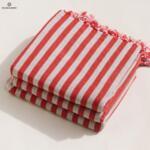 Ленена плажна кърпа / червено рае