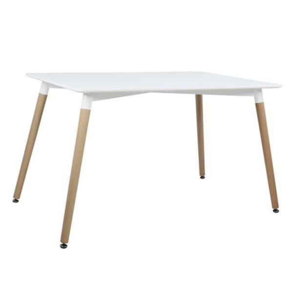 Трапезна маса с бял цвят с крака от дъб