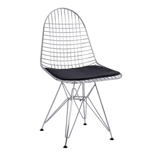 Метален стол с черна кожена възглавница