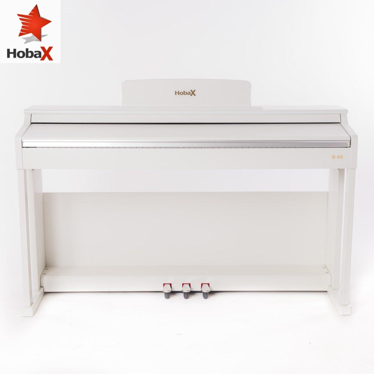 Дигитално пиано Hobax B-88, БЯЛ цвят, 88 клавиша HAMMER ACTION тежка клавиатура, 7 октави, 8 звуци, 128 ритми, с тройна педалиера. +3 ПОДАРЪКА – слушалки, стикери за клавиши и покривало