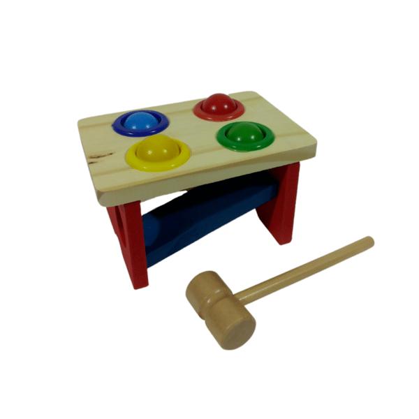 Дървена играчка с чукче
