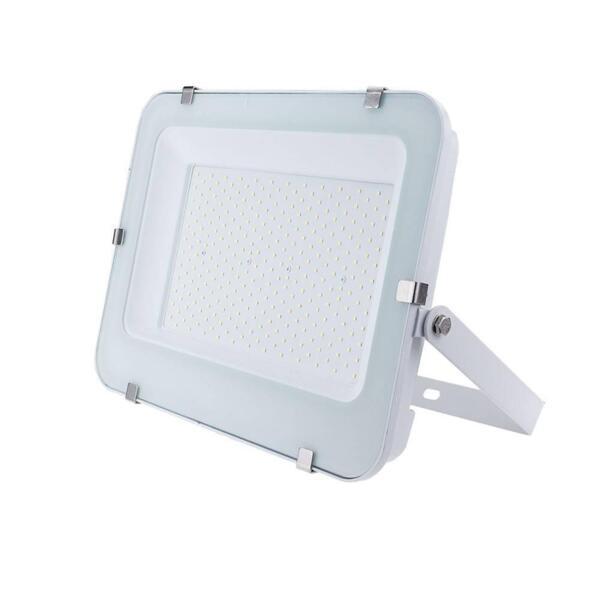 LED SMD ПРОЖЕКТОР БЯЛ 200W 120lm/w AC100-265V 150° IP65 4500K 1M CABLE