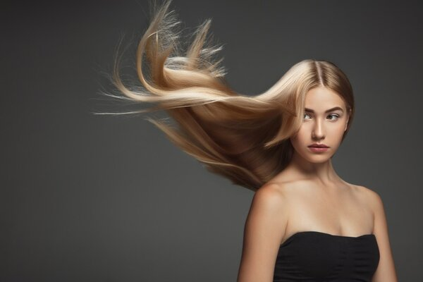 Как да се грижим за косата си през лятото