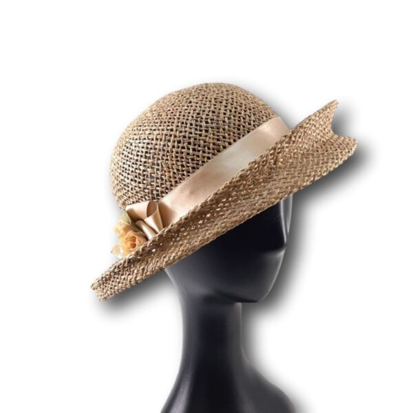 Лятна Дамска шапка от морска трева с периферия