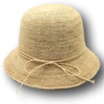 Плажна Дамска шапка с периферия от Рафия-Copy