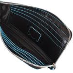 Хоризонтална чантичка за ръка  Piquadro, черен цвят