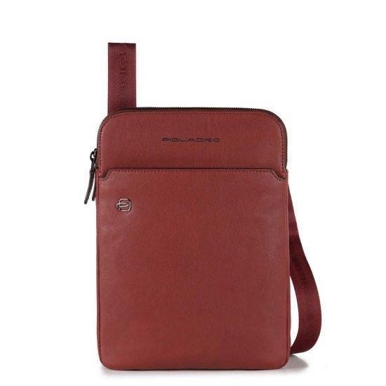 """Чанта за през рамо Piquadro Black Square с отделение за iPad AIR - iPad Pro 9,7/iPad 11"""" червена"""