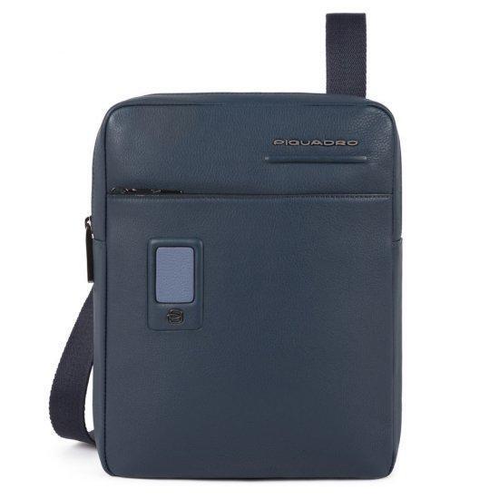 """Вертикална чантичка за рамо Piquadro AKRON с отделение за iPad AIR - iPad Pro 9,7/iPad 11"""", тъмносиня"""
