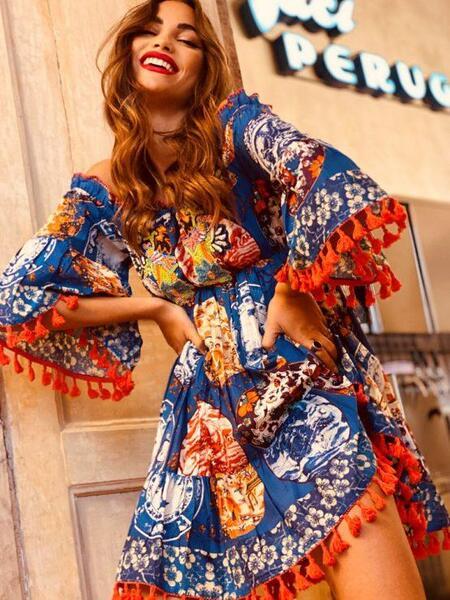 Къса рокля с голи рамене AS009 Moda di Napoli