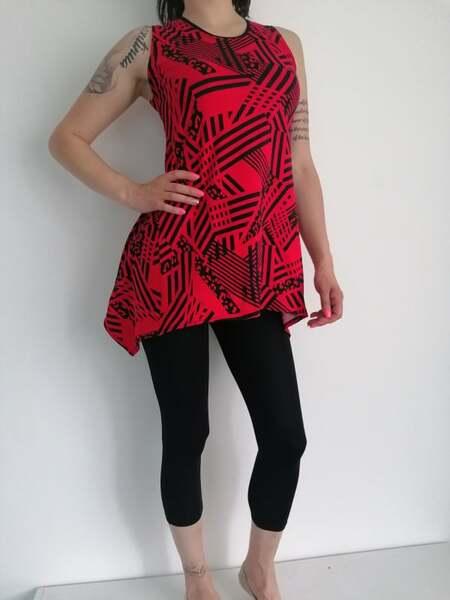 Дамски комплект с червена туника