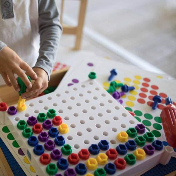 Детска мозайка с винтоверт