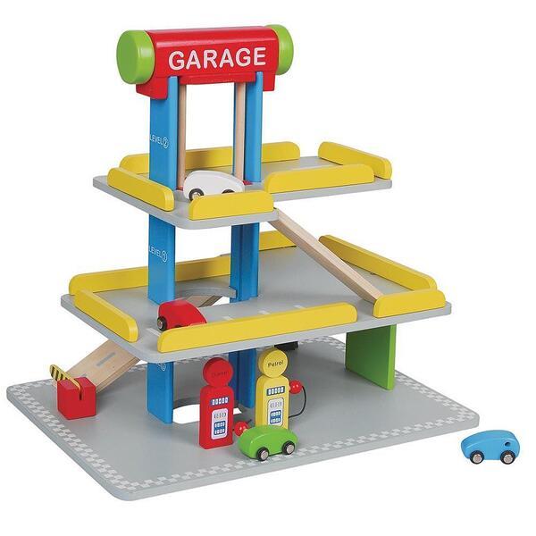 Lelin Toys, Дървен детски паркинг, с бензиностанция и автомивка