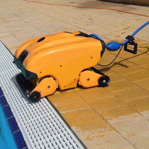 Роботи за обществени басейни