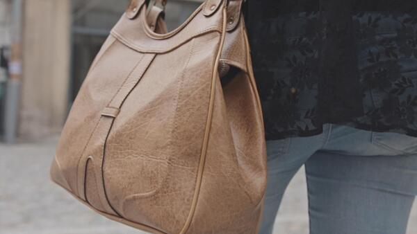 How to maintain the excellent appearance of the bag for a long time?
