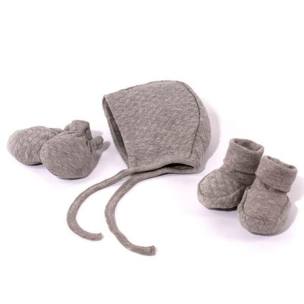 Комплект шапка, ръкавички и ботинки за новородено