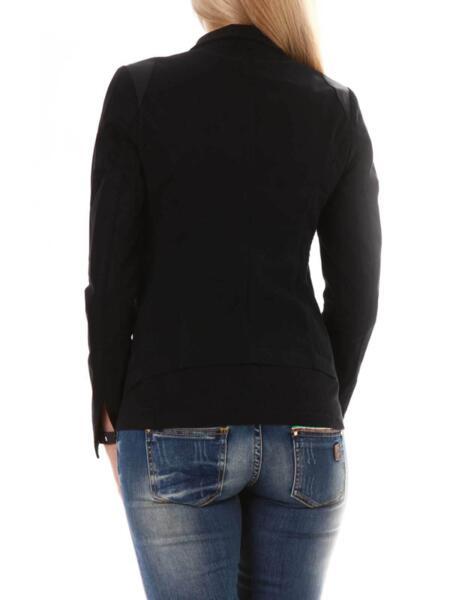 Дамско сако в черно на Moni Petrov