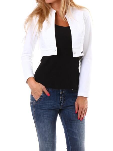 Дамско сако в бяло на Moni Petrov