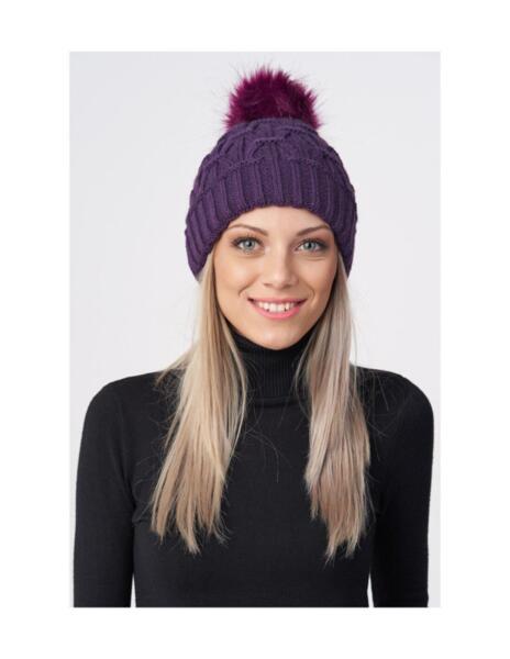 Дамска шапка LAGAPE