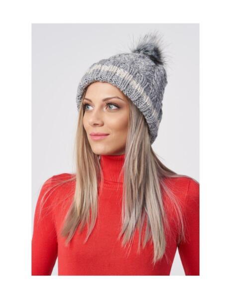 Дамска шапка FIYEDA