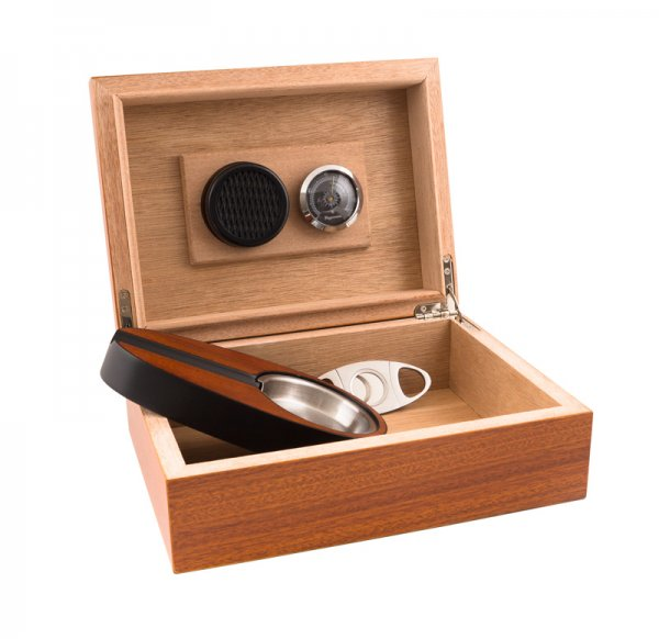 Кутия за пури с пепелник и резачка