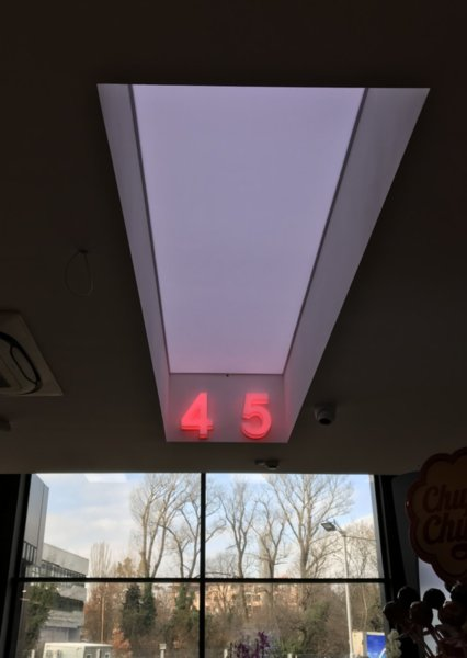 Опънат таван LightKub