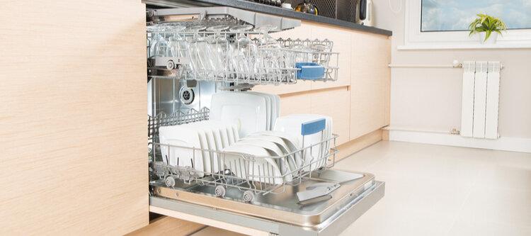 С правилния избор на съдомиялна чиниите се измиват сами.