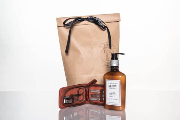 Подаръчен ПРОМО сет Depot - козметичен несесер и хидратиращ лосион за ръце