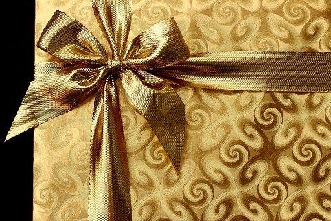Десет причини да изберем картина за подарък