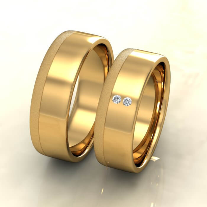 Плоски брачни халки жълто злато с диамант