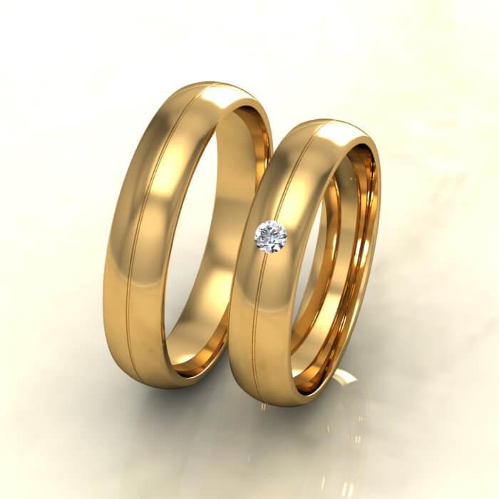 Класически брачни халки жълто злато с диамант