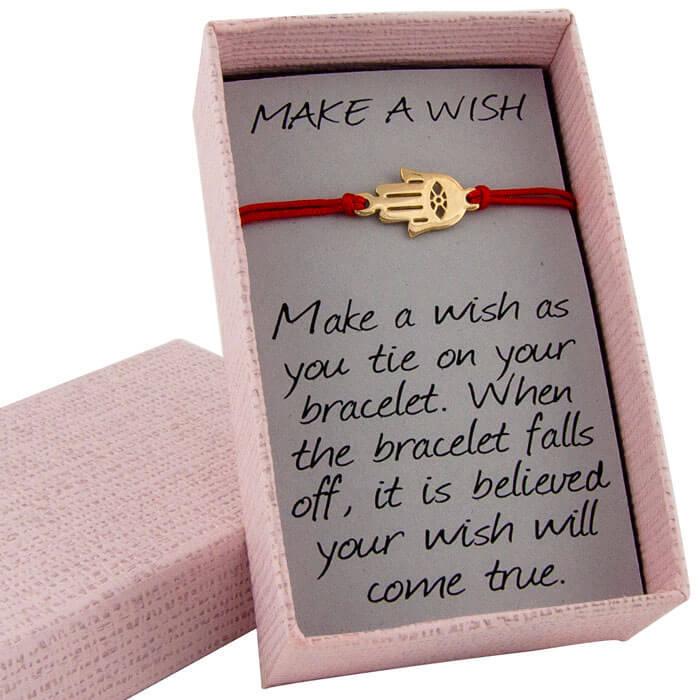 Гривна с червен коенц жълто злато хамса в кутийка с послание