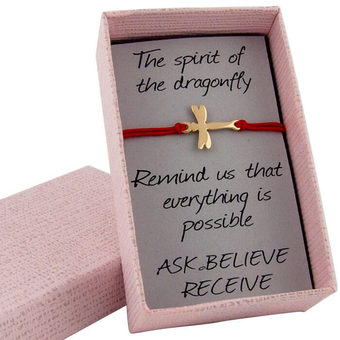 Гривна с червен конец водно конче жълто злато в кутийка с послание