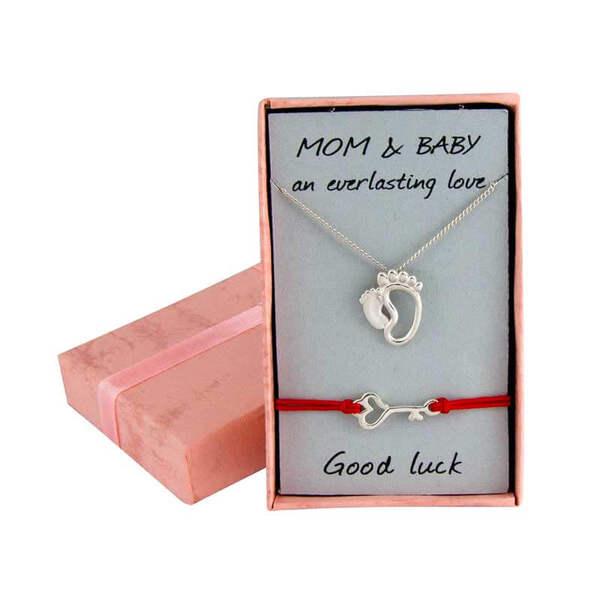 """Златен комплект """"Крачетата на мама и бебе и бебешка гривна с ключе"""""""