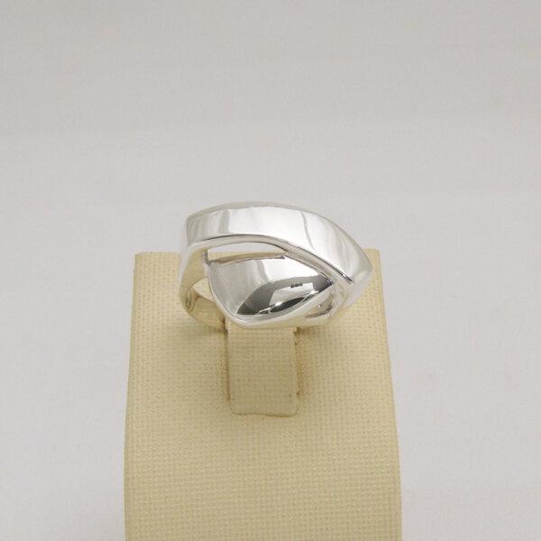 Сребърен пръстен R-114