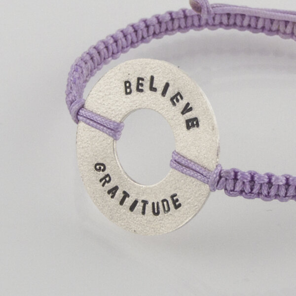 """Сребърна гривна """"Gratitude, Believe"""""""