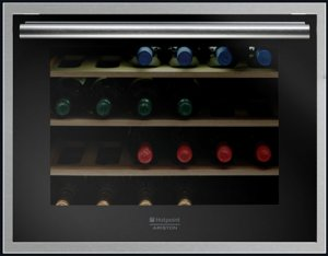 Виноохладител Ariston WL24A/HA, обем 66 л, 24 бутилки