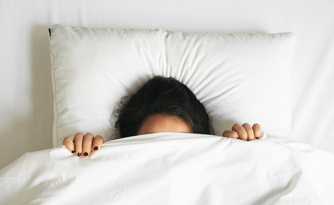 Опитай тези 10 извинения за да си останеш в къщи този уикенд